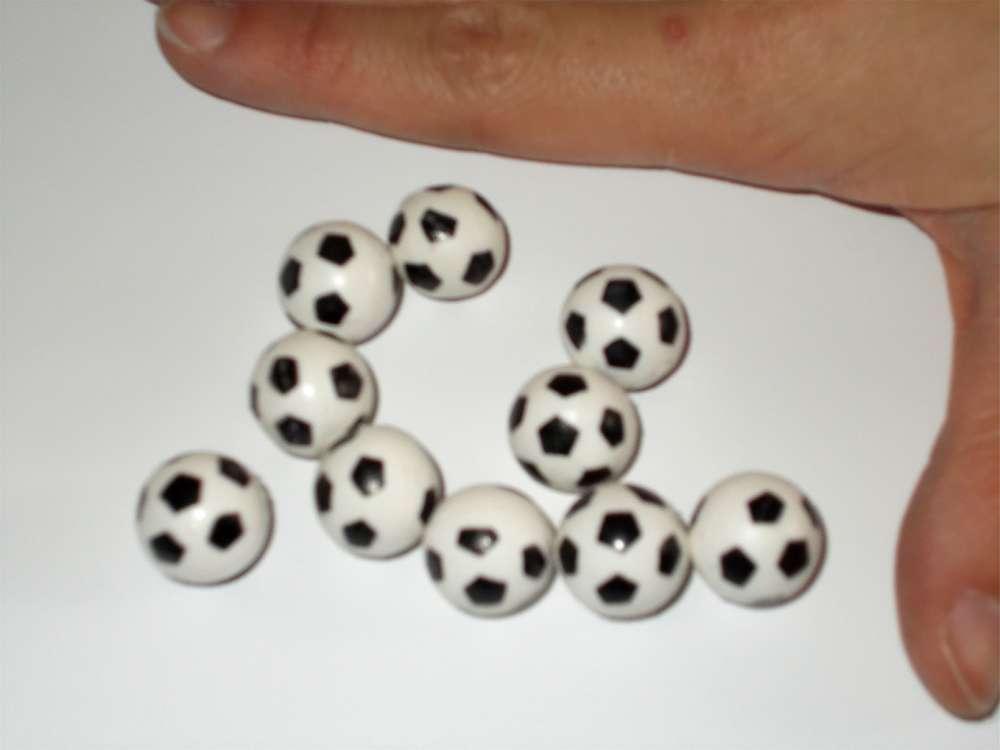 Fussballe 10er Set Dm 1 7cm Fussball Deko Fur Fans